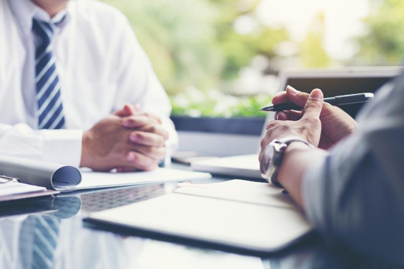 Nachforschungspflichten des Immobilienmaklers bei Werbung mit unverbaubarem Ausblick